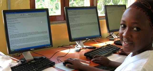 Betuwe WereldwijdHLI computerklas in Ghana