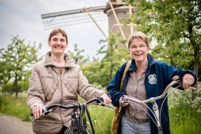 Wijkcoach Loes van Delft en Joke Spoor